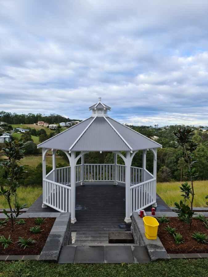 Hexagonal Gazebo – Tallwoods Village NSW – 2430